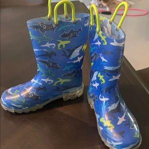 3/$15 Light up rain boots size 12 sharks